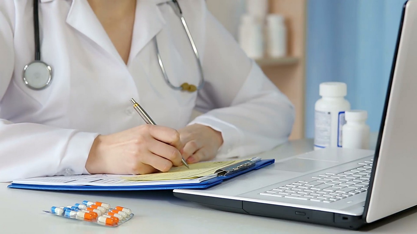 Hints for Writing Top Medical School Essays